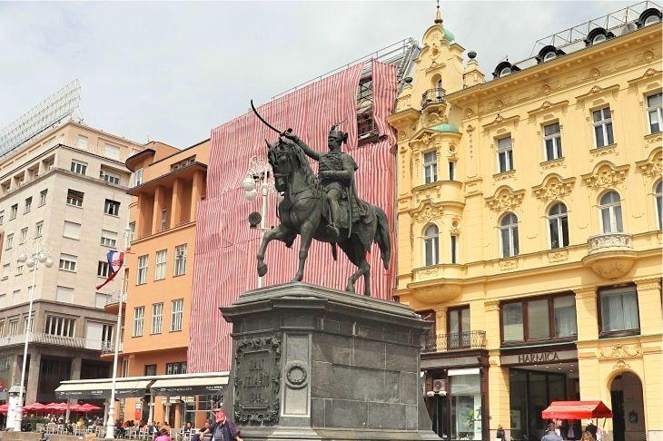 イェラチッチ広場の写真